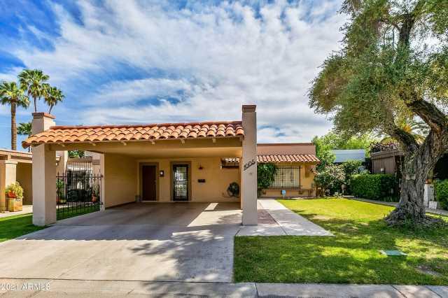 Photo of 1005 W SOLCITO Lane, Phoenix, AZ 85013