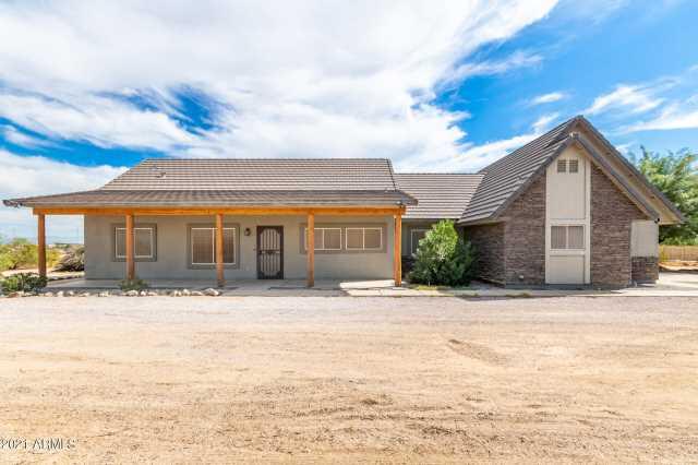Photo of 28995 N ROYCE Road, Queen Creek, AZ 85142