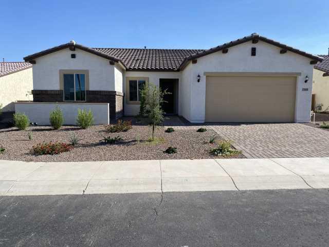 Photo of 17888 W Nighthawk Way, Goodyear, AZ 85338