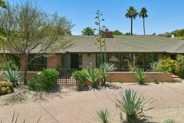 Photo of 4430 E MADEROS DEL CUENTA Drive, Paradise Valley, AZ 85253