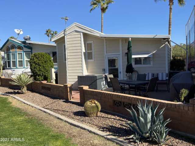 Photo of 2378 S Pomo Avenue, Apache Junction, AZ 85119