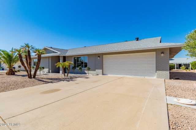 Photo of 13311 W SHADOW HILLS Drive, Sun City West, AZ 85375
