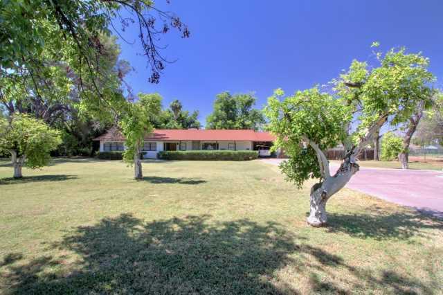 Photo of 1415 E Bethany Home Road, Phoenix, AZ 85014