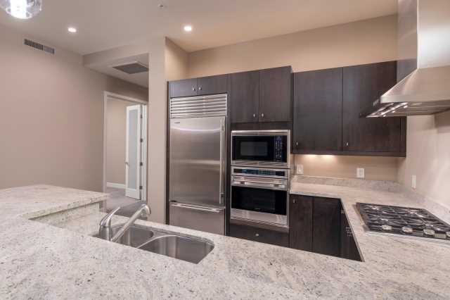 Photo of 15215 N KIERLAND Boulevard #436, Scottsdale, AZ 85254