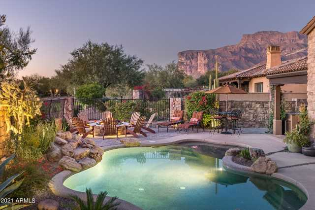 Photo of 2956 S PROSPECTOR Circle, Gold Canyon, AZ 85118