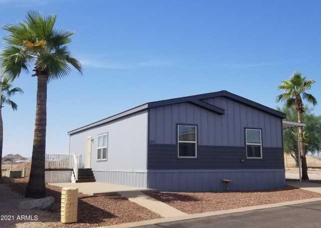 Photo of 2000 S Apache Road #148, Buckeye, AZ 85326