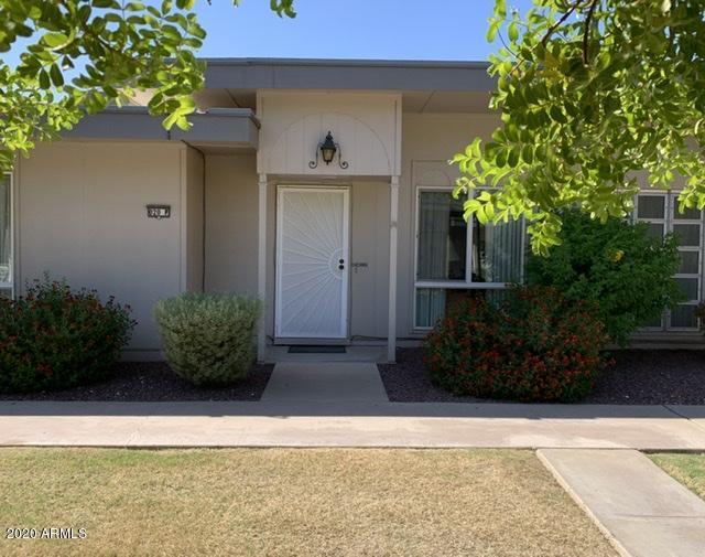 Photo of 10020 W ROYAL OAK Road #P, Sun City, AZ 85351