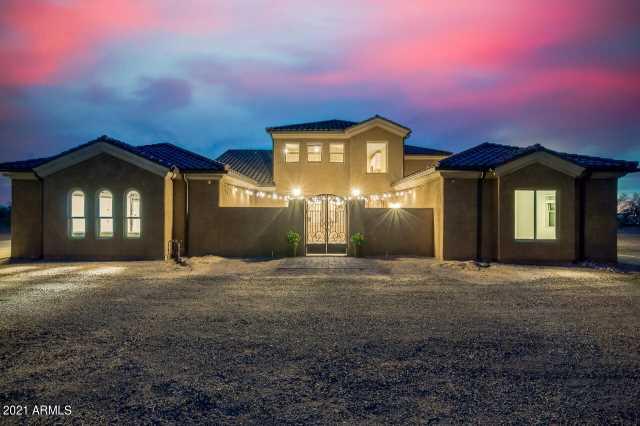 Photo of 15510 S Mountain Road, Mesa, AZ 85212