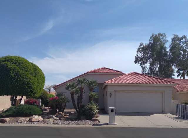 Photo of 10545 E CEDAR WAXWING Drive, Sun Lakes, AZ 85248