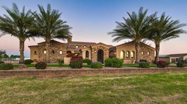 Photo of 40995 N KENWORTHY Road, San Tan Valley, AZ 85140