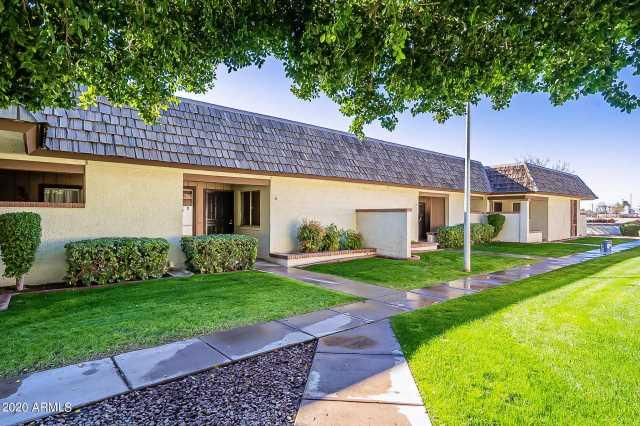 Photo of 10620 W NORTHERN Avenue #14, Glendale, AZ 85307