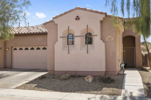 Photo of 4527 W BEAUTIFUL Lane, Laveen, AZ 85339