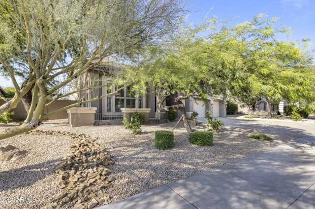Photo of 7600 E TAILFEATHER Drive, Scottsdale, AZ 85255