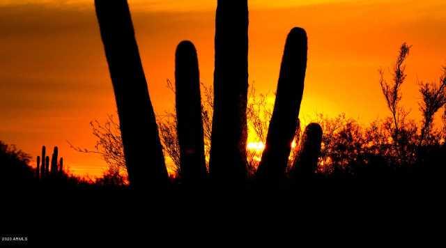 Photo of 6737 E LANGUID Lane, Carefree, AZ 85377