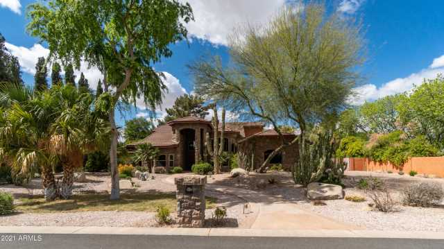 Photo of 8606 S DORSEY Lane, Tempe, AZ 85284