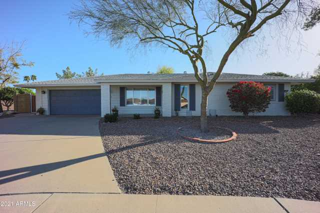 Photo of 9702 W HAWTHORN Court, Sun City, AZ 85351