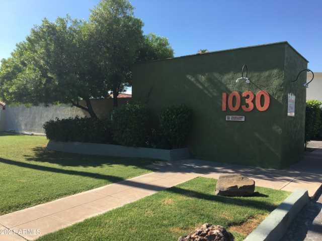 Photo of 1030 E BETHANY HOME Road #109, Phoenix, AZ 85014