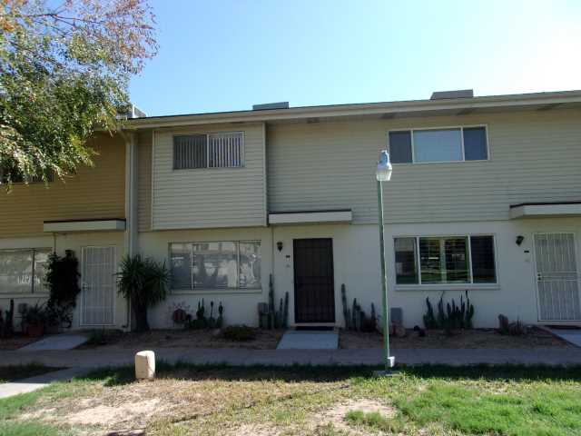 Photo of 8211 E GARFIELD Street #J8, Scottsdale, AZ 85257
