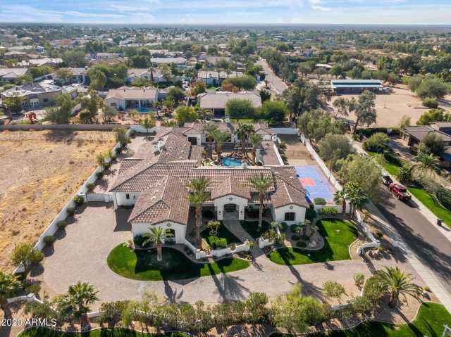 Photo of 11637 E COCHISE Drive, Scottsdale, AZ 85259