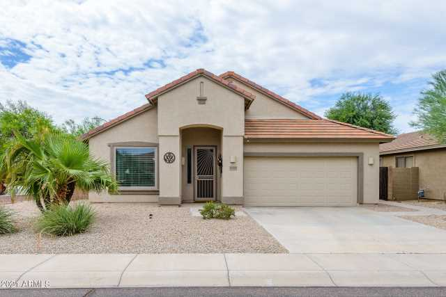 Photo of 11575 W EDGEMONT Avenue, Avondale, AZ 85392