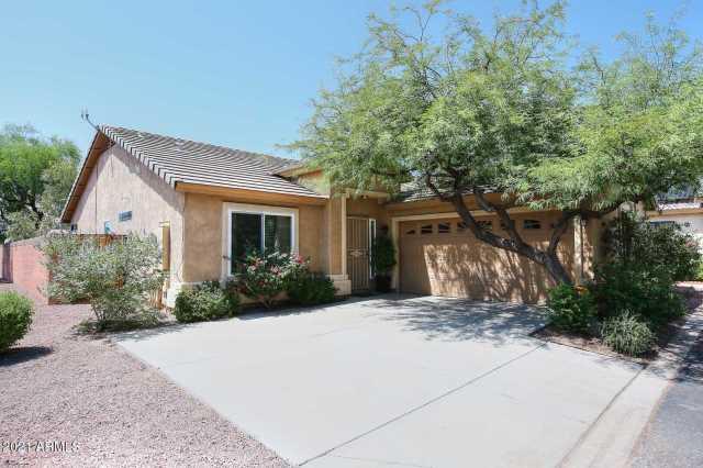 Photo of 3324 E TIERRA BUENA Lane, Phoenix, AZ 85032