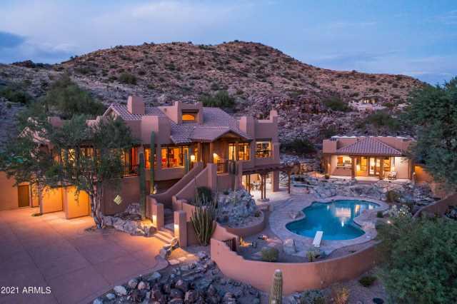 Photo of 14011 S Canyon Drive, Phoenix, AZ 85048