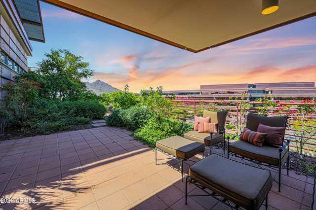 Photo of 7161 E Rancho Vista Drive #6009, Scottsdale, AZ 85251