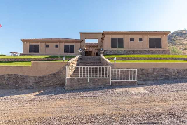 Photo of 13819 W HARWELL Road, Goodyear, AZ 85338