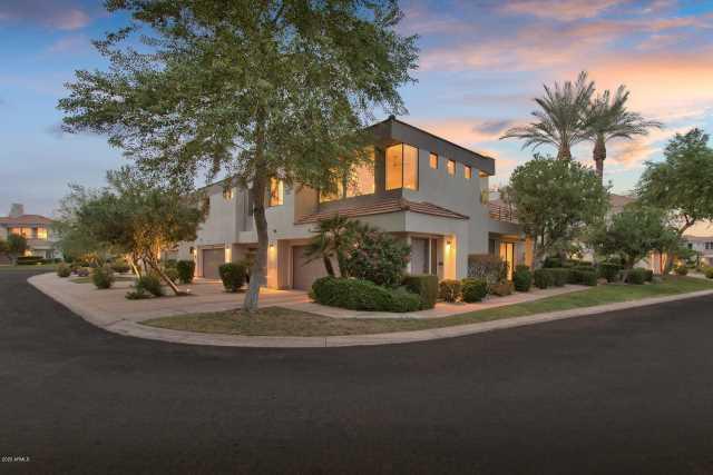 Photo of 7222 E GAINEY RANCH Road #208, Scottsdale, AZ 85258