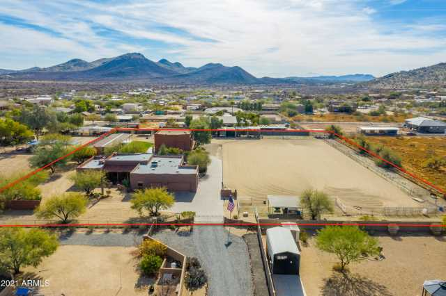 Photo of 2413 W IRVINE Road, Phoenix, AZ 85086