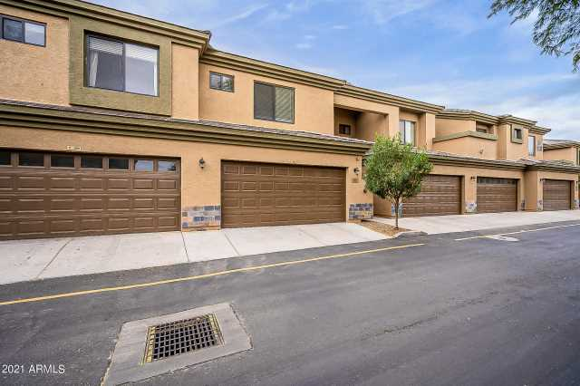 Photo of 705 W QUEEN CREEK Road #1058, Chandler, AZ 85248