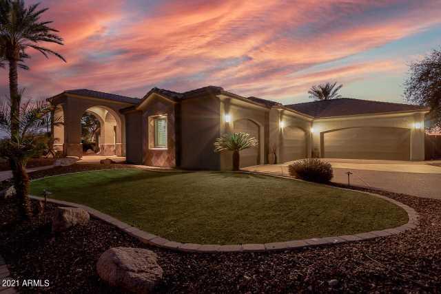 Photo of 826 N 111TH Place, Mesa, AZ 85207