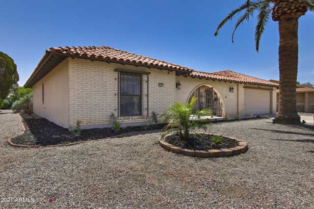 Photo of 11025 W WAIKIKI Drive, Sun City, AZ 85351