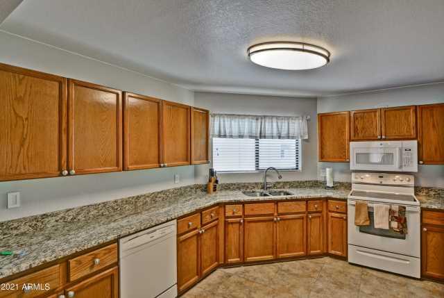 Photo of 16616 E PALISADES Boulevard #207, Fountain Hills, AZ 85268