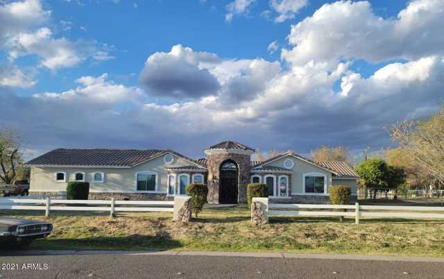 Photo of 5502 N 105TH Lane, Glendale, AZ 85307