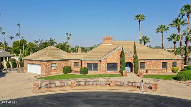 Photo of 990 N TORNO Lane, Litchfield Park, AZ 85340