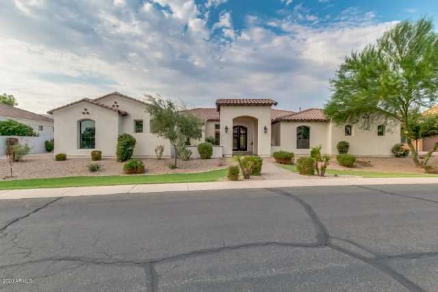 Photo of 2700 E JADE Place, Chandler, AZ 85286