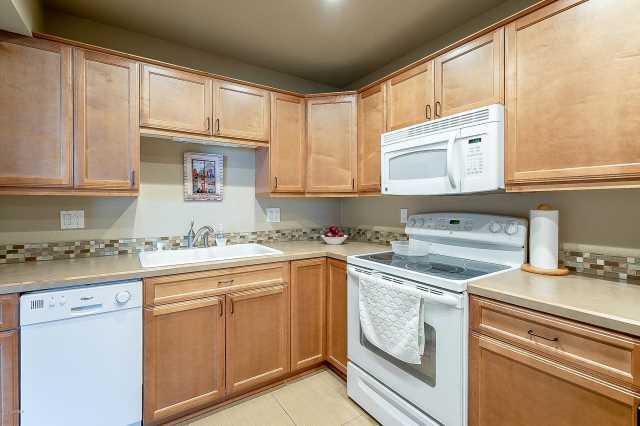 Photo of 425 S PARKCREST Street #327, Mesa, AZ 85206