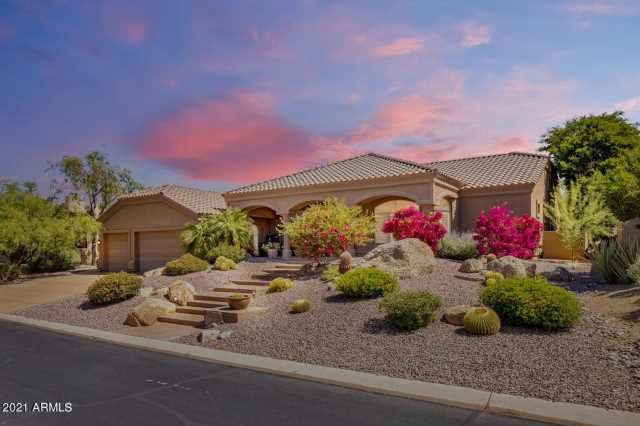 Photo of 10822 E SUTHERLAND Way, Scottsdale, AZ 85262