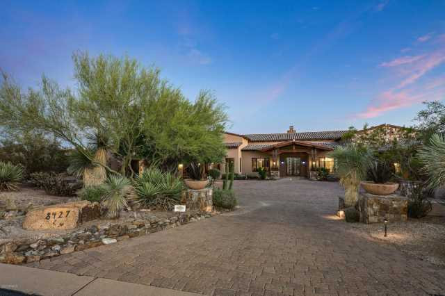 Photo of 8427 E HOMESTEAD Circle, Scottsdale, AZ 85266