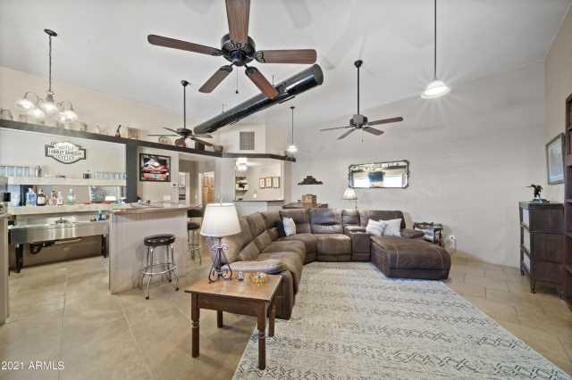 Photo of 42839 NW GRAND Avenue, Morristown, AZ 85342