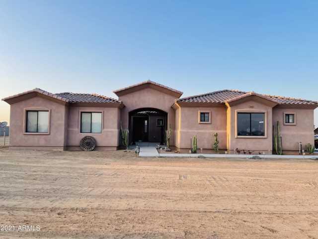 Photo of 21418 W ROBERTA Drive, Wittmann, AZ 85361