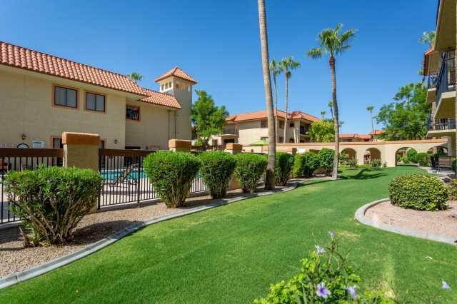 Photo of 10330 W THUNDERBIRD Boulevard #C107B, Sun City, AZ 85351