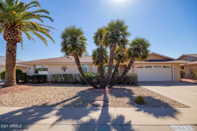 Photo of 9823 W BRANDING IRON Drive, Sun City, AZ 85351