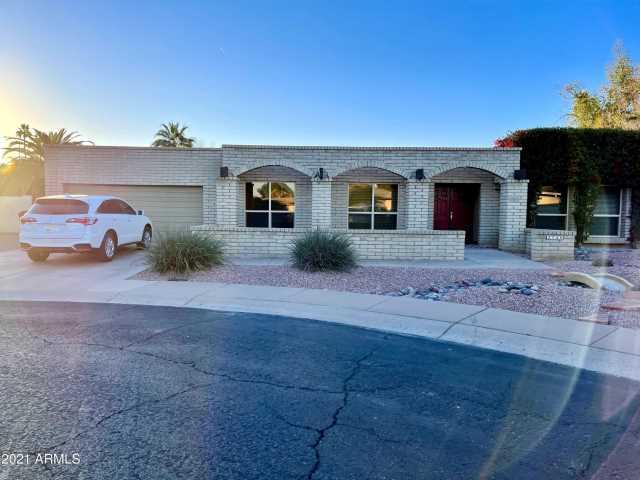 Photo of 2740 S CHOLLA Circle, Mesa, AZ 85202