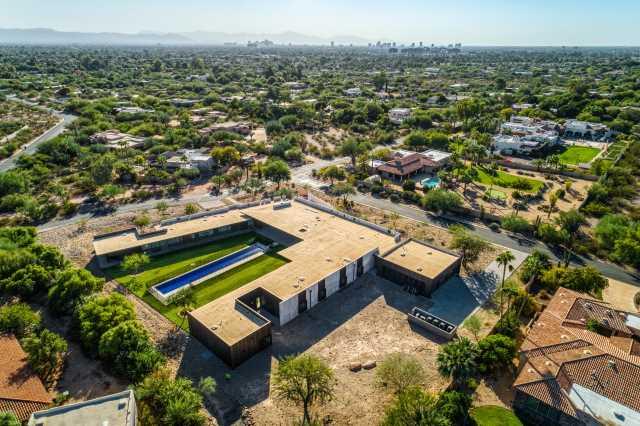 Photo of 3700 E CAMINO SIN NOMBRE --, Paradise Valley, AZ 85253