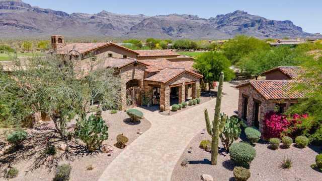 Photo of 7132 E COTTONWOOD Drive, Gold Canyon, AZ 85118