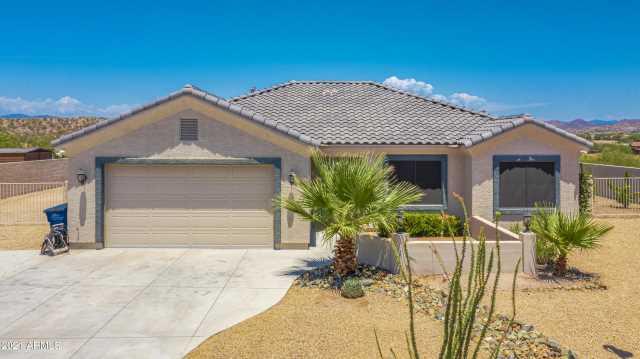 Photo of 970 W MCLEAN Drive, Wickenburg, AZ 85390