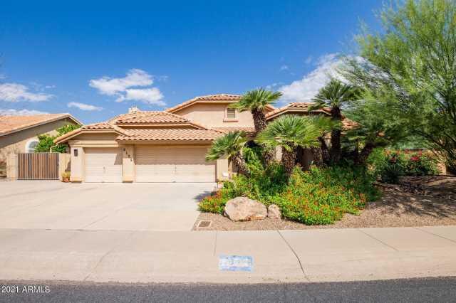 Photo of 5426 E LIBBY Street, Scottsdale, AZ 85254