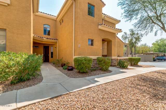 Photo of 955 E KNOX Road #241, Chandler, AZ 85225